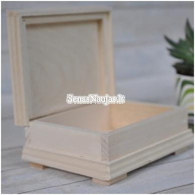 Medinė puošni dėžutė