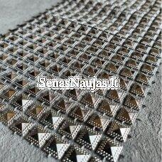Dekoratyvi juostelė su kvadračiukais, šviesi sidabro spalva