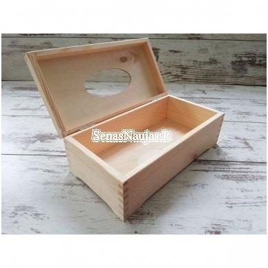 Dėžutė servetėlėms, su vyriais, ant kojelių 2