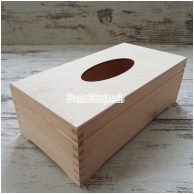 Dėžutė servetėlėms, su vyriais, ant kojelių