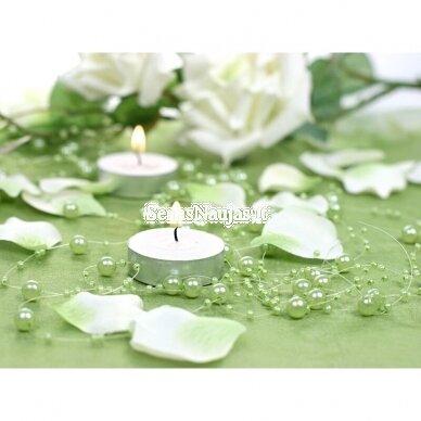 Dirbtinių perlų girlianda, šviesi žalia spalva 2