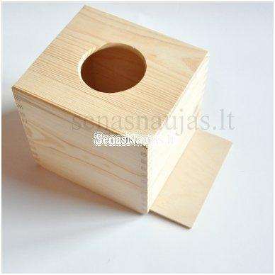 Kvadratinė dėžutė servetėlėms 3
