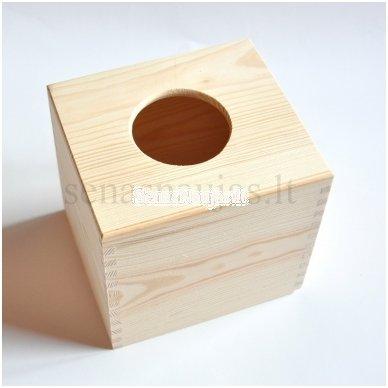 Kvadratinė dėžutė servetėlėms 4