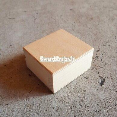 Maža medinė stačiakampė dėžutė 2