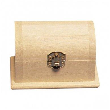 Maža medinė skrynelė