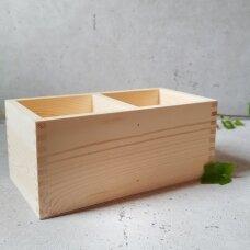 Medinė dėžutė be dangtelio su 2 skyreliais
