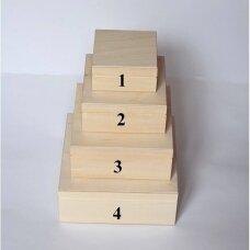 Medinė kvadratinė dėžutė, nr. 1