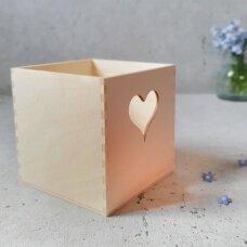 Medinis indelis su širdele