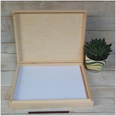 Medinė dėžė A4 formato popieriui