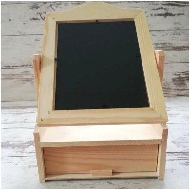 Medinė dėžutė su stalčiuku ir veidrodžiu 3