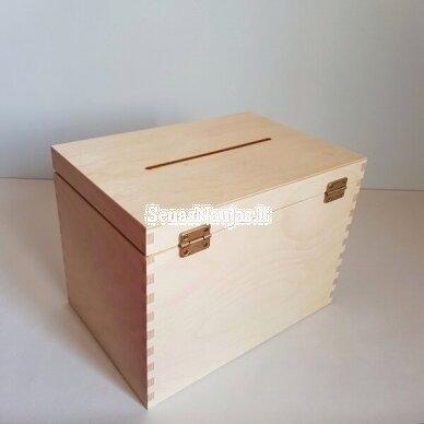 Medinė dėžutė vokams, atvirukams 3
