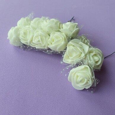 Rožytės su tiuliu, kreminė sp., 12 žiedų