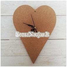 Širdelės formos laikrodis iš MDF