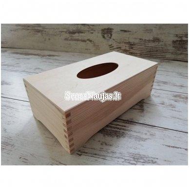 Stačiakampė dėžutė servetėlėms, ant kojelių 4