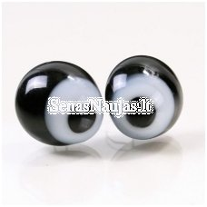 Squinting glass eyes, 1 pair